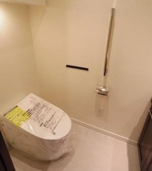 304トイレ2