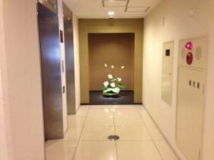 エレベーターホール (2)