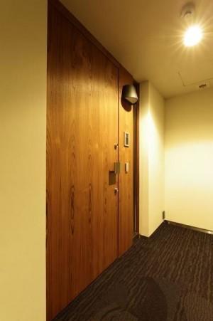 302玄関ドア