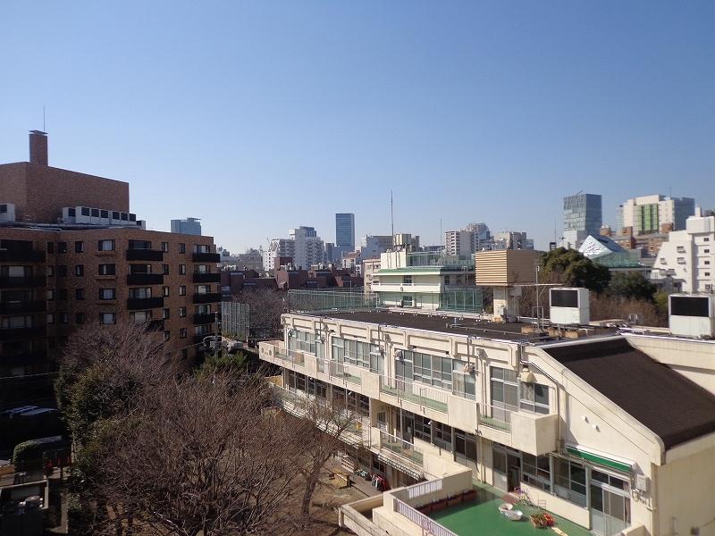 秀和青南レジデンス608号室 (65)