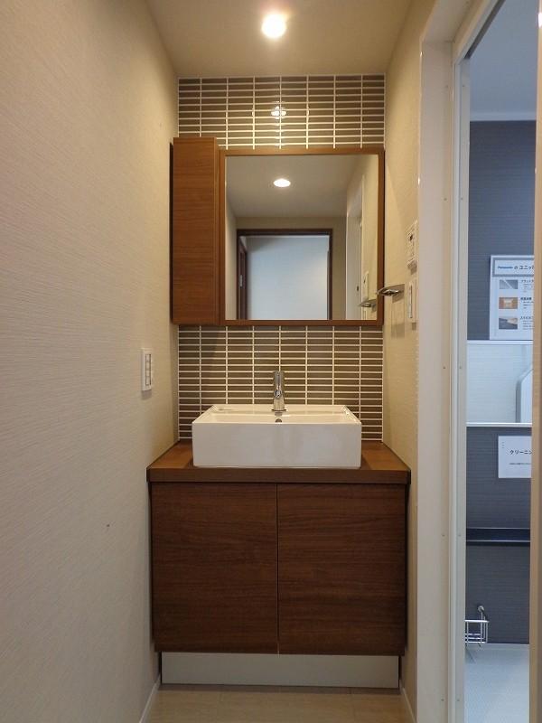 秀和青南レジデンス608号室 (25)