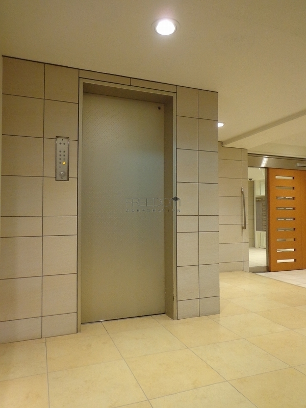 青山コーポラスのエレベーター
