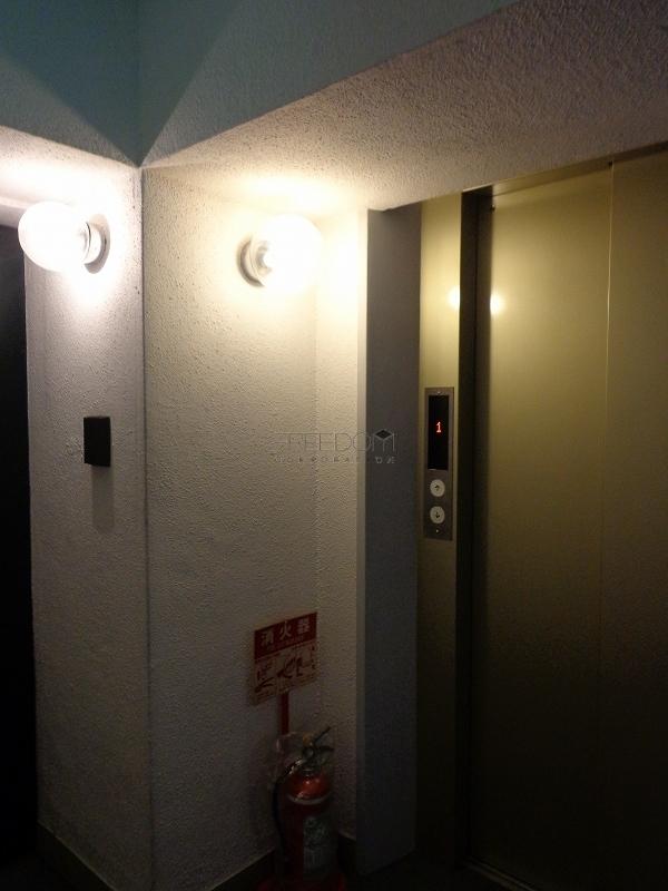 赤坂アーバンライフのエレベーター