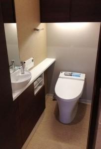 4階トイレ加工