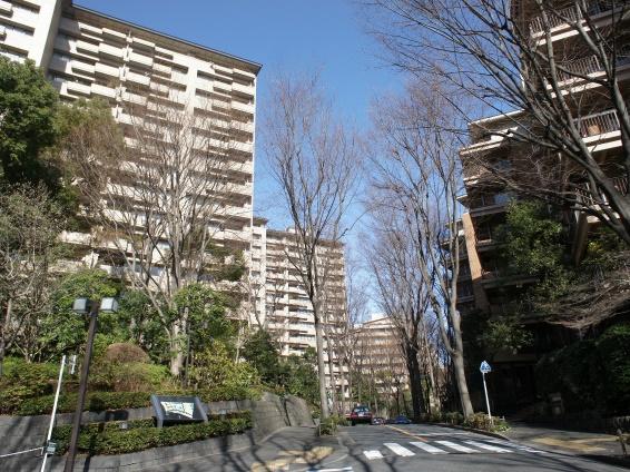 広尾ガーデンヒルズ外観 (1)