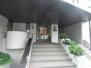 クラウン青山外観 (2)