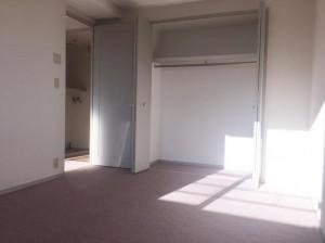 J12室内3