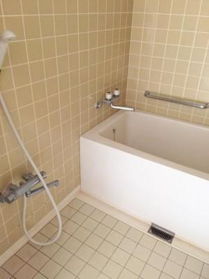 J12浴室