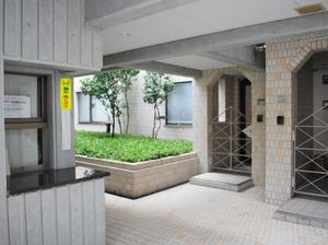 ガーデン南青山 (4).jpg