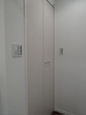 407 (27).jpg