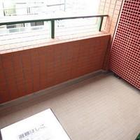 balcony_5251003736.jpg
