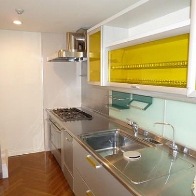 kitchen_5251003736.jpg