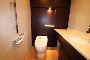 8階トイレ