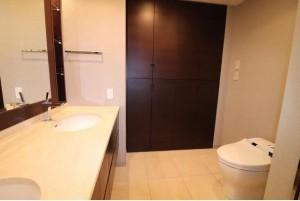 8階トイレ2