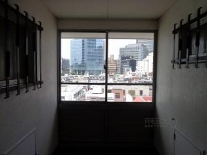 秀和六本木レジデンス-共用廊下からの眺め