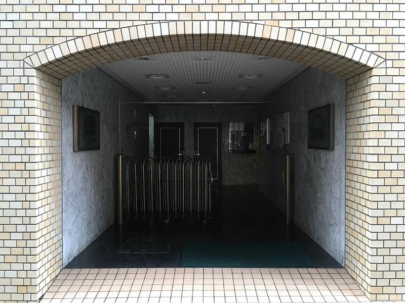 ライオンズマンション南青山シドニービル 外観共用部 (16)