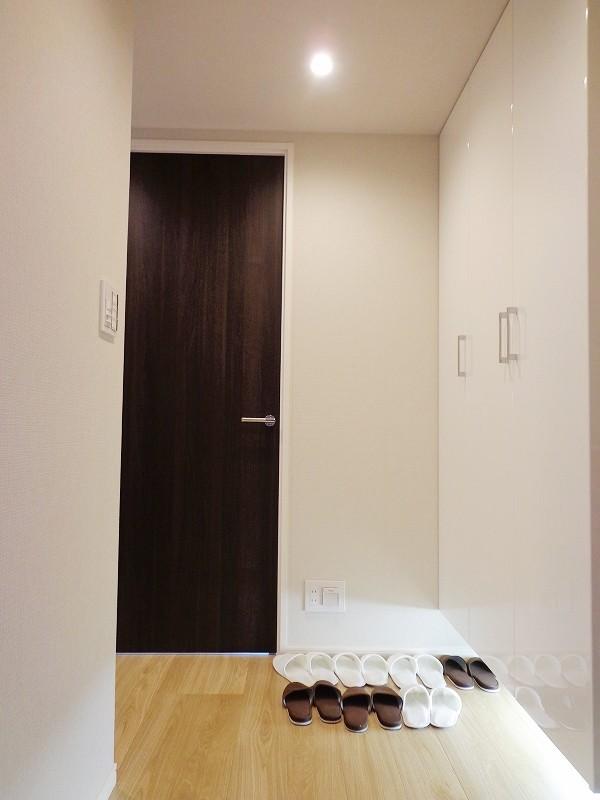 小田急目黒三田マンション104号室 (2)