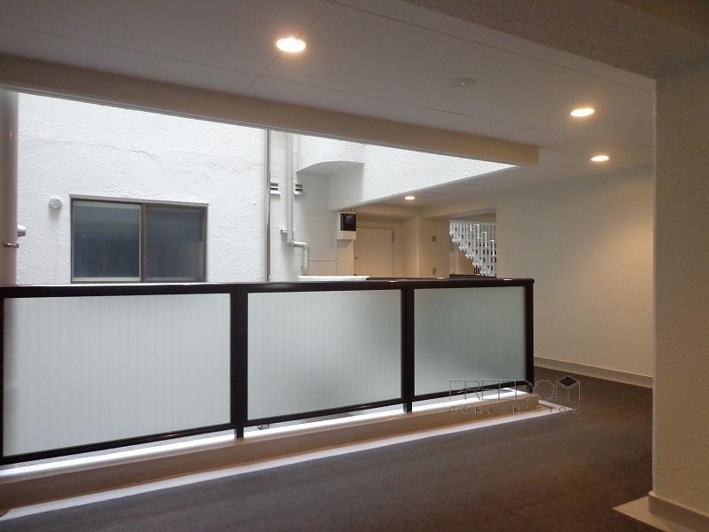 赤坂パインクレスト-共用廊下