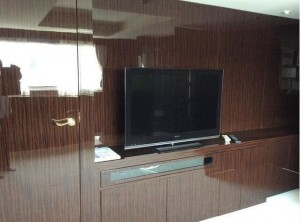 7階TVボード