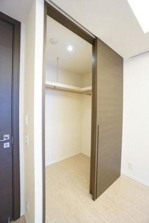 2階主寝室WIC