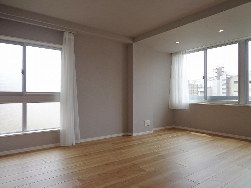 青山コーポラスの洋室の画像