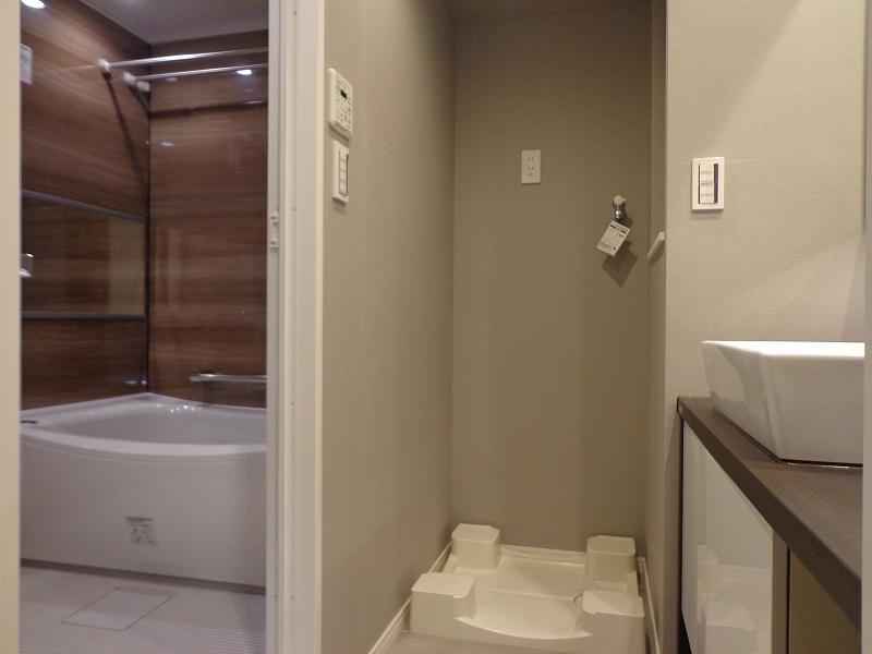青山コーポラスの洗面所
