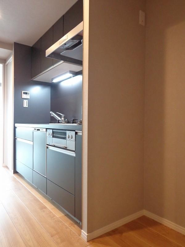 青山コーポラスのキッチン冷蔵庫置き場