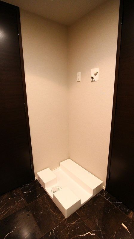 プレミスト赤坂檜町公園の洗濯機置き場