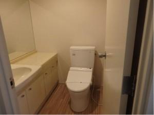 301トイレ