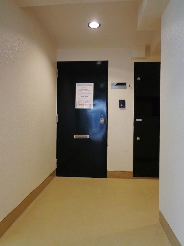 シャトー赤坂台-共用廊下写真