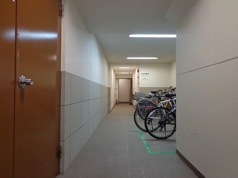 ハウス南青山-外観共用部