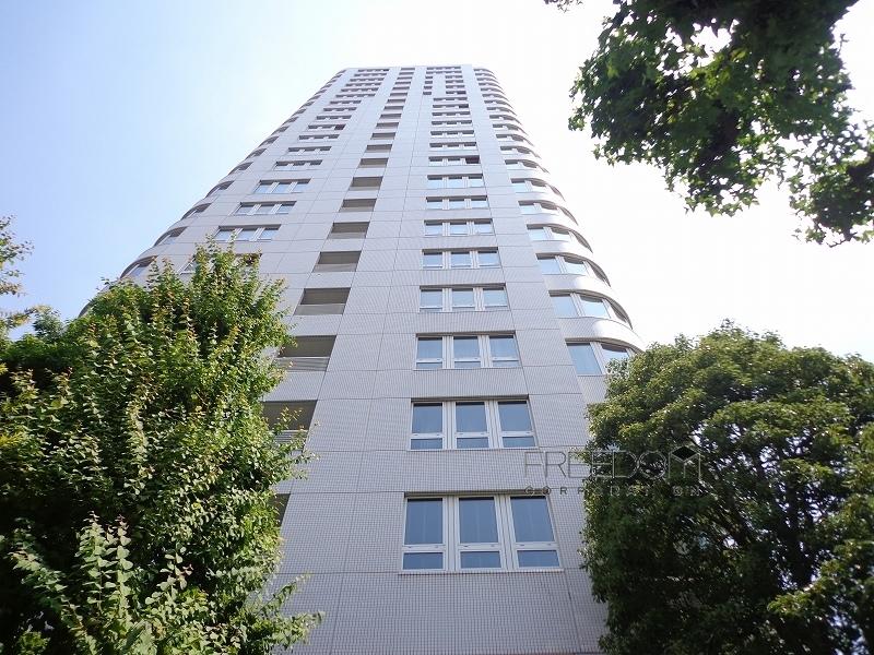 青山ザ・タワー外観写真