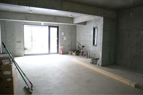 コーイ・ヌール Ⅱ 1階店舗