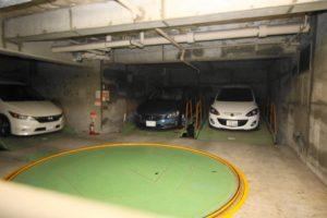 赤坂ロイヤルマンション_駐車場1